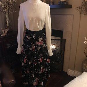 NWT WHBM Floral Ruffle Detail Midi Skirt